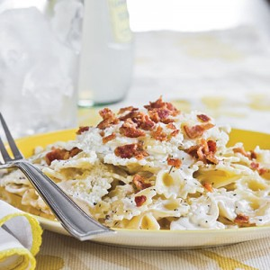 bacon-bow-tie-pasta-l